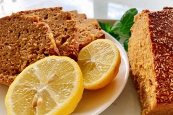 Bolo de limão e canela