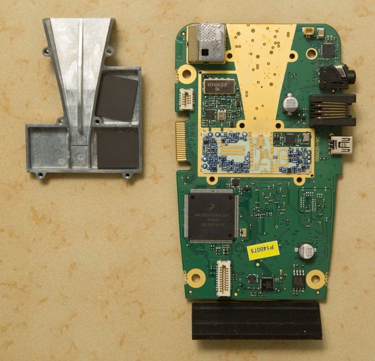 Max2 horn and main PCB