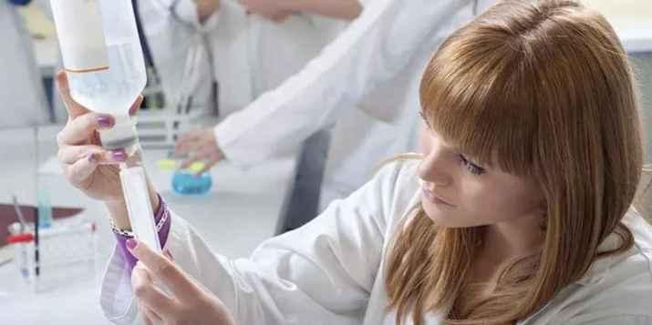 Les soignants semblent s'être résolus à se faire vacciner et ne pas attendre la date butoir