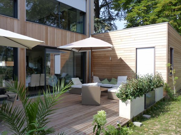 Terrasse bois maison contemporaine  Nos Conseils