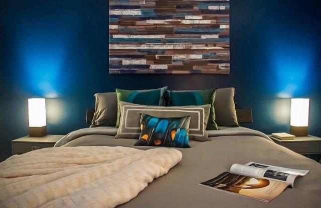 idee deco chambre bleu et taupe