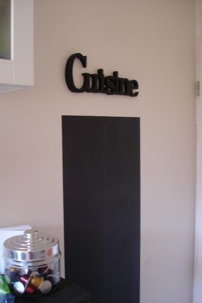 tableau ardoise deco cuisine cadre ardoise tableau noir duecolier panneau en bois avec ardoise. Black Bedroom Furniture Sets. Home Design Ideas