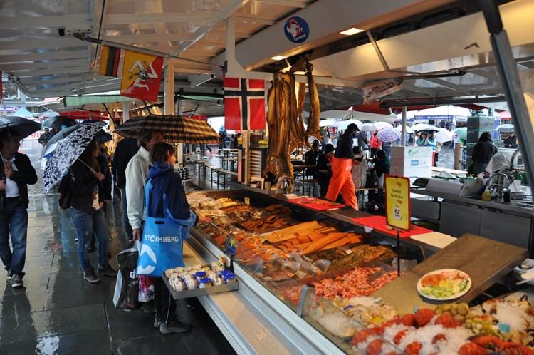 Marché-aux-poissons-de-Bergen