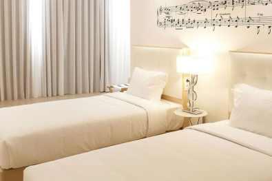 Porto-Hotel-da-Musica-chambre