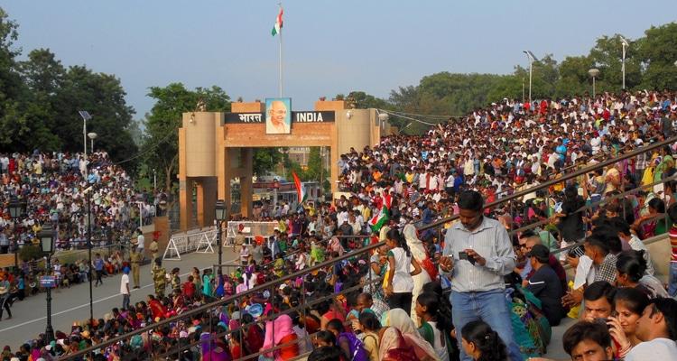 la foule a greater noida comme partout en Inde
