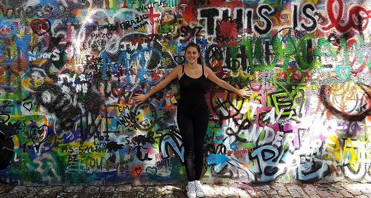 Laury donne son avis sur le pass interflix pour faire le tour d'Europe en bus