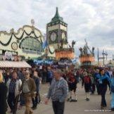 Área externa do Theresienwiese, na Oktoberfest da Alemanha, em Munique