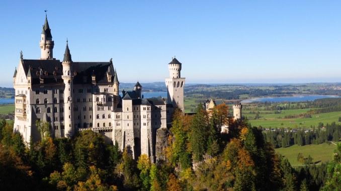 Este lado do castelo Neuschwanstein só pode ser visto da ponte de Maria