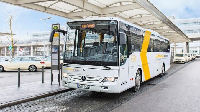 Ônibus da Lufthansa que leva do aeroporto ao centro de Munique