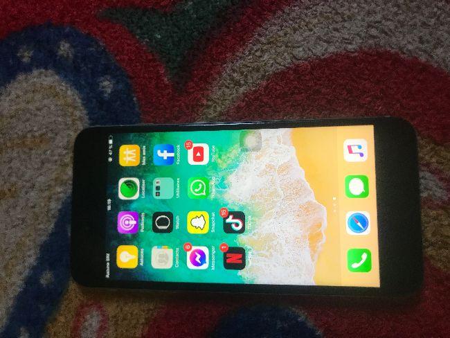 iphone 6s plus في حالة جيدة