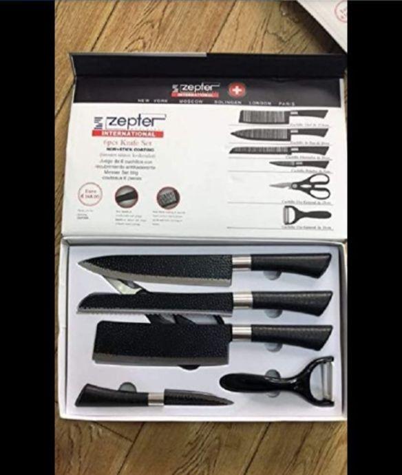 Des kit de couteaux de marque Suisse