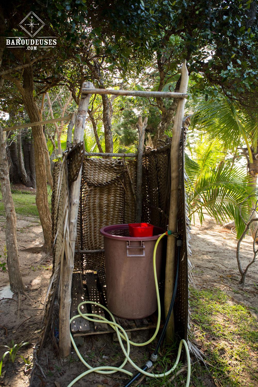 Certains campings peuvent avoir des salles de bains rudimentaires :)