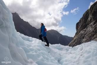 Une baroudeuse sur le Glacier Franz Josef_ Clem