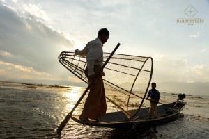 Pêcheur et son fils - Lac Inle