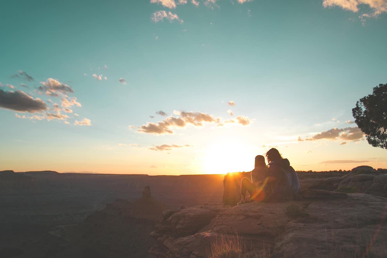La vanlife c'est aussi profiter du plein air et être aux premières loges pour les coucher de soleil.