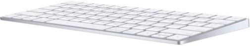 Le Clavier sans fil Apple Magic : on est tout simplement bluffées par son poids rikiki et son autonomie !