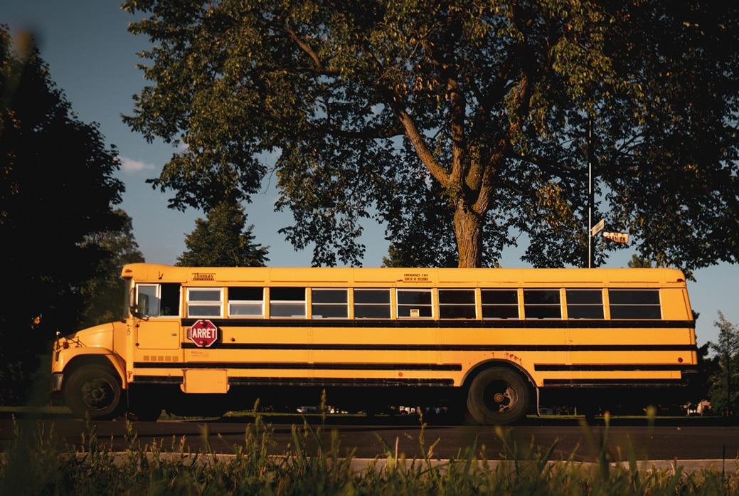 Notre bus Elva - Le skoolie de Voyage en roue libre.