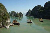 La baie de Ha Long, nouvelle merveille naturelle du monde