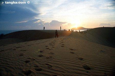 Crépuscule sur les dunes de Mui Ne, Vietnam