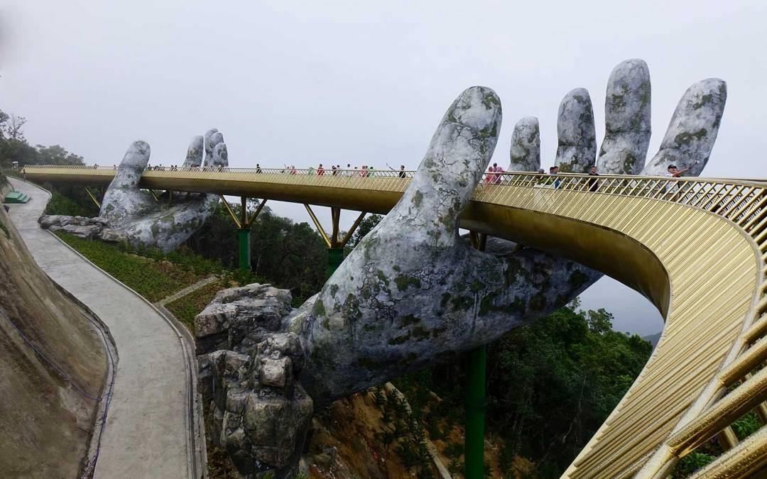 Le Pont d'Or et autres curiosités, revue de presse Vietnam