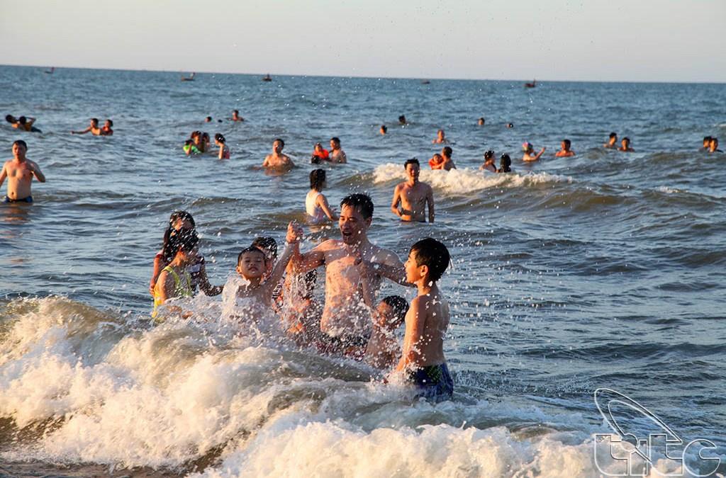 Cua Lo, une des plus belles plages du Centre Vietnam