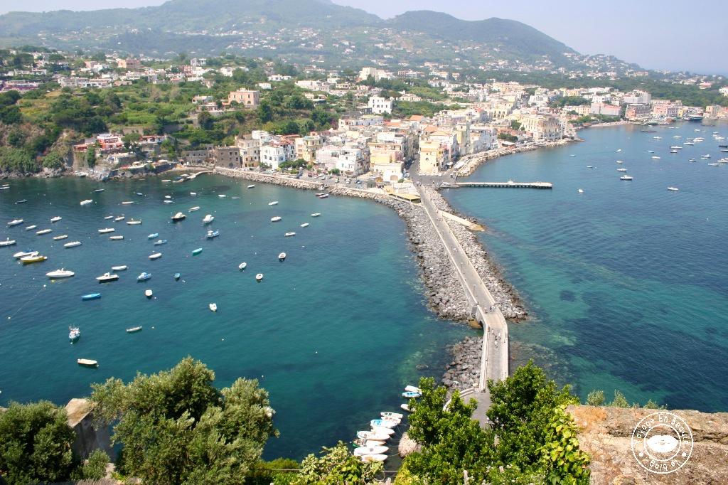 castelo-aragonese-18-voyage-en-beaute