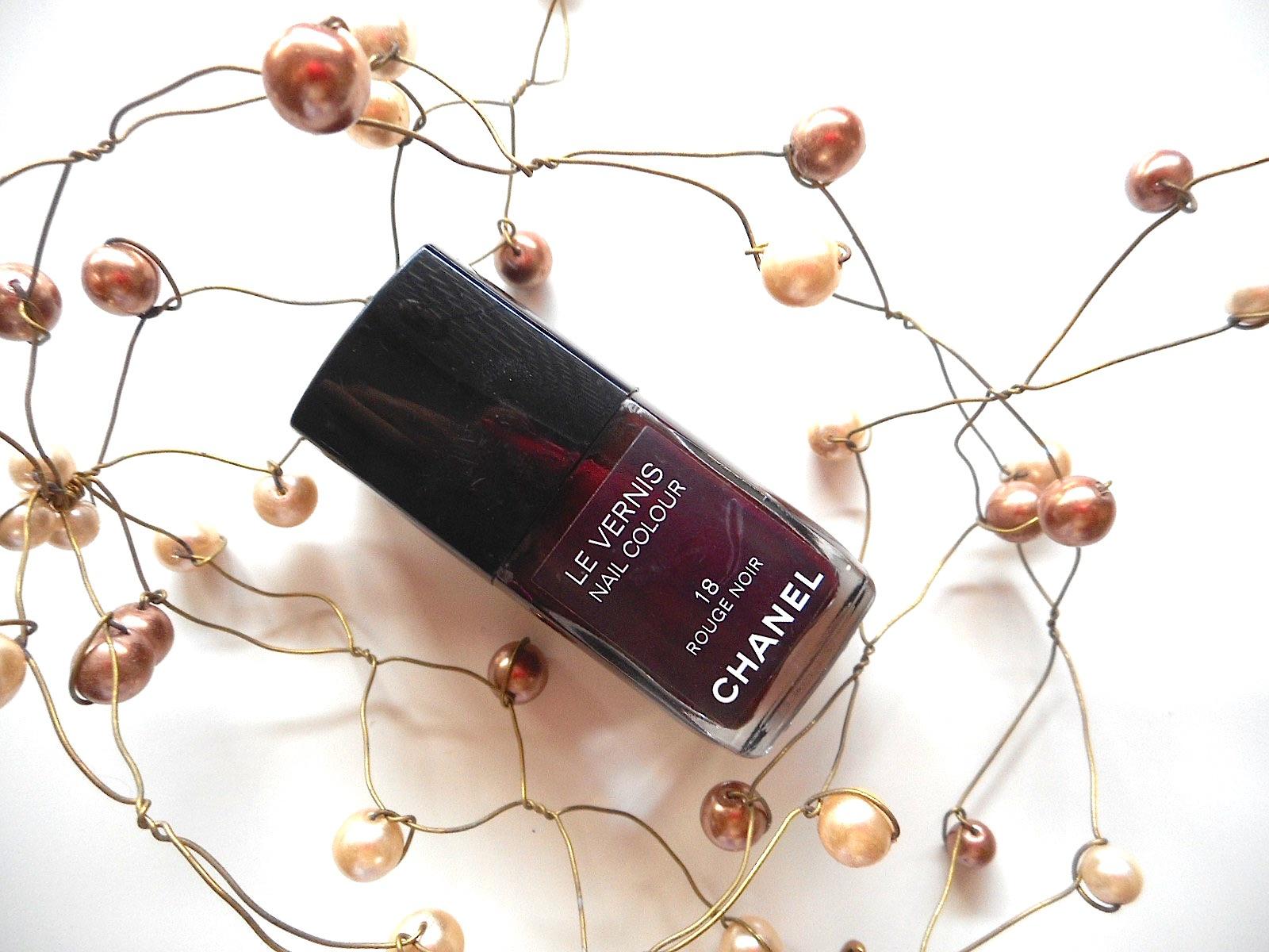 vernis-ongles-rouge-noir-chanel-18-anniversaire-culte-edition-limitee-2015