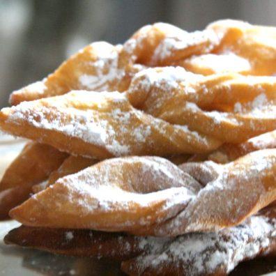 bugnes-specialites-gourmande-gastronomie-lyon-blog-voyage
