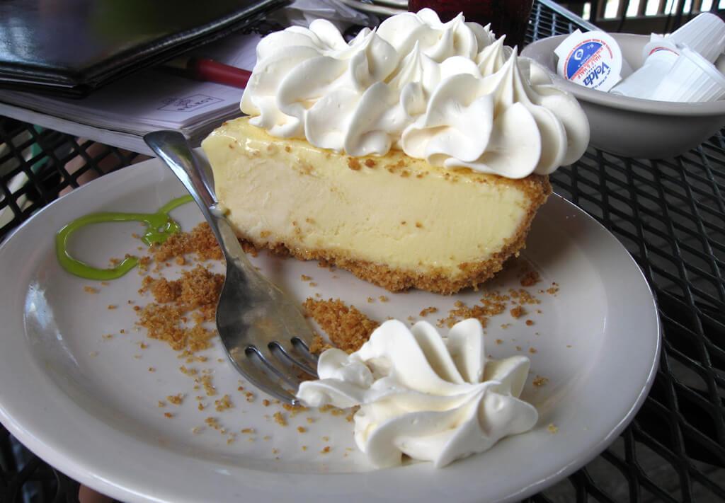 que-manger-a-miami-top-10-key-lime-pie