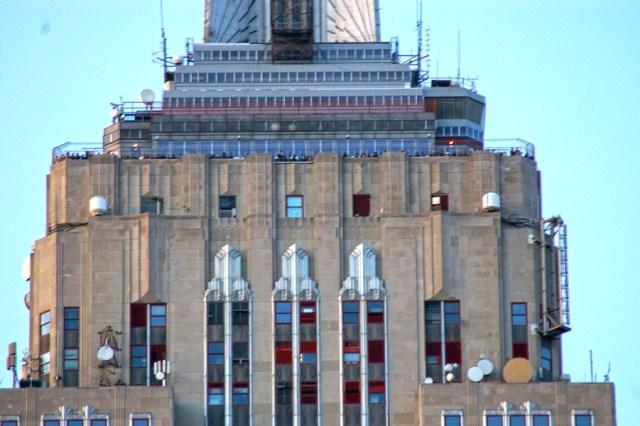 Zoom sur la terrasse accessible du 86ème étage de l'ESB