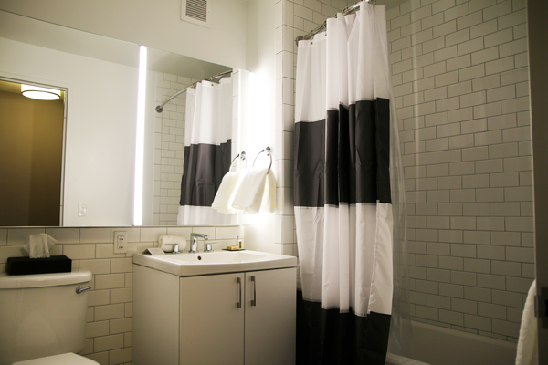 salle de bains QandA hôtel