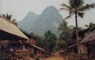Chemin principal de Muang Ngoi