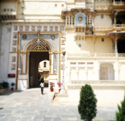 udaipur-city-palace-doorway