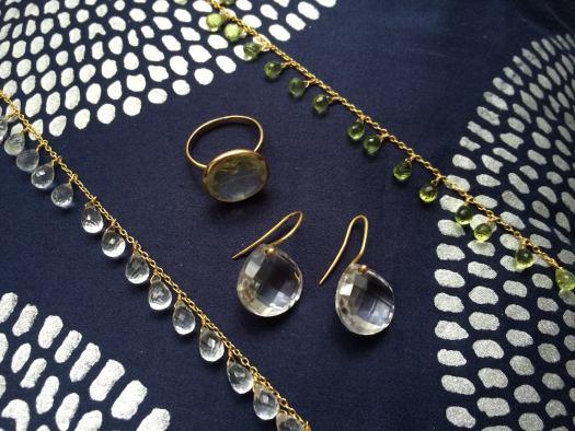 gem-palace-jewellery-rasa-cushion-jaipur