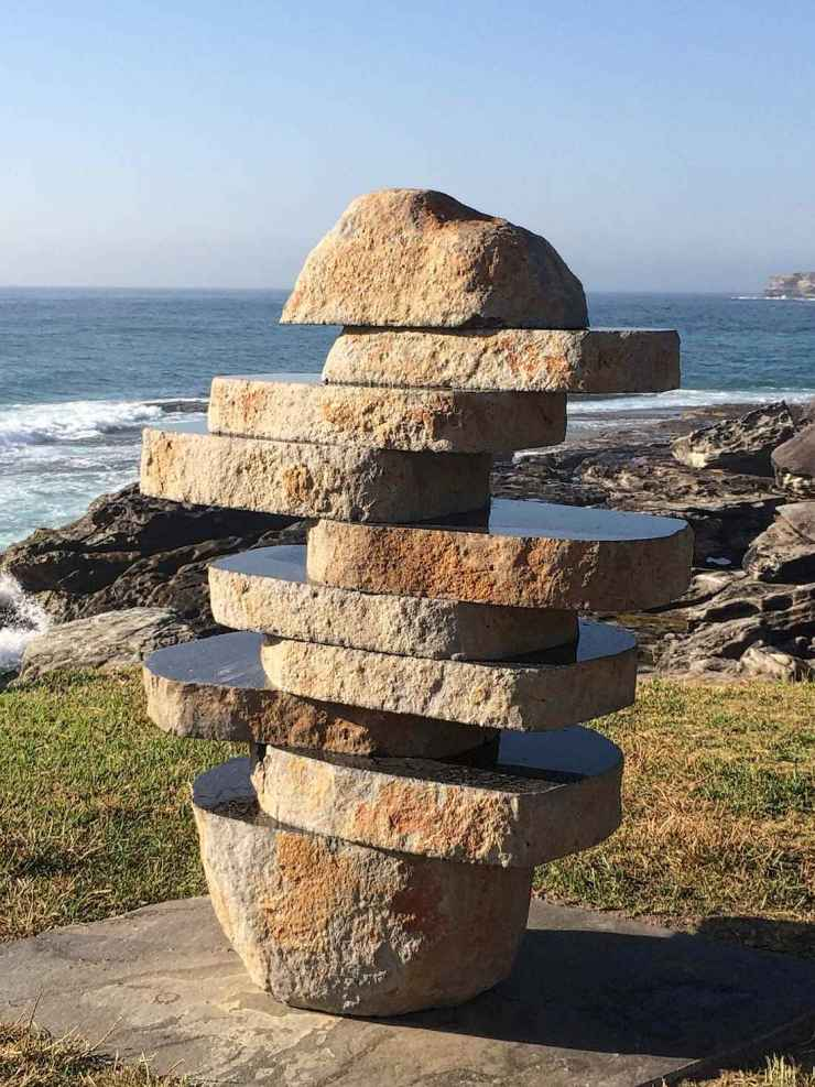 sculpture-by-the-sea-2014-the-figure-in-the-landscape-john-petrie