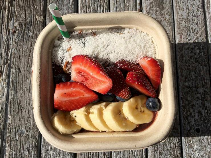 the-grounds-by-the-sea-acai-bowl