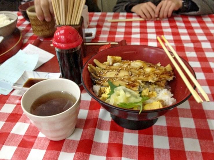 tsukiji-market-breakfast