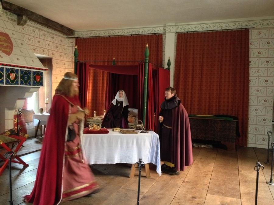 Crownment preparation reconstitution - London, England