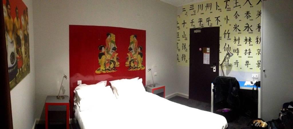 Chambre asiatique à l'Hôtel des Voyageurs - Bastia, Corse