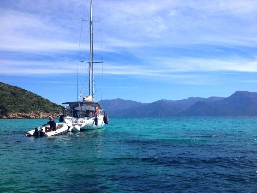 Boat at the Saleccia beach - Corsica