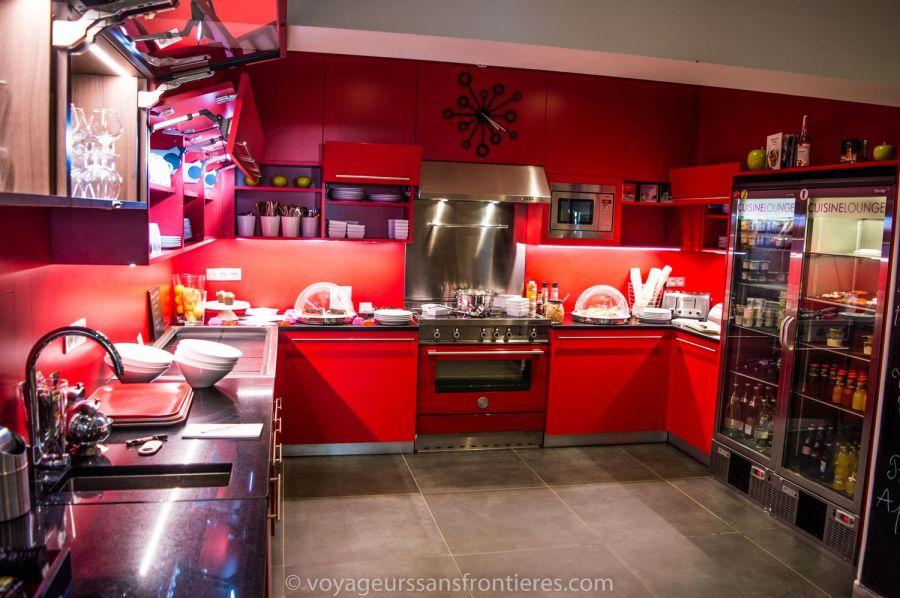 La très jolie cuisine lounge de l'hôtel Mercure - Lille, France