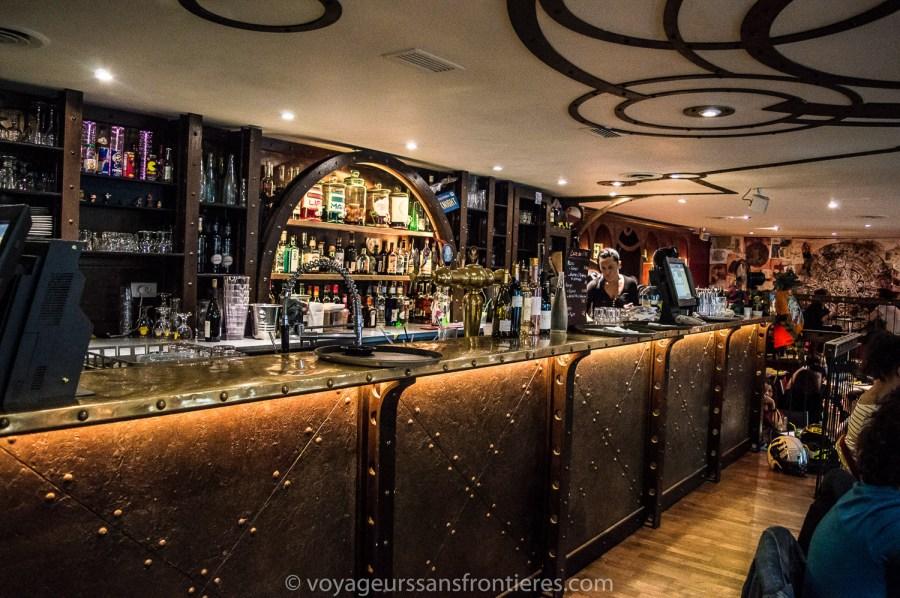 Le Dernier bar avant la fin du Monde - Paris, France