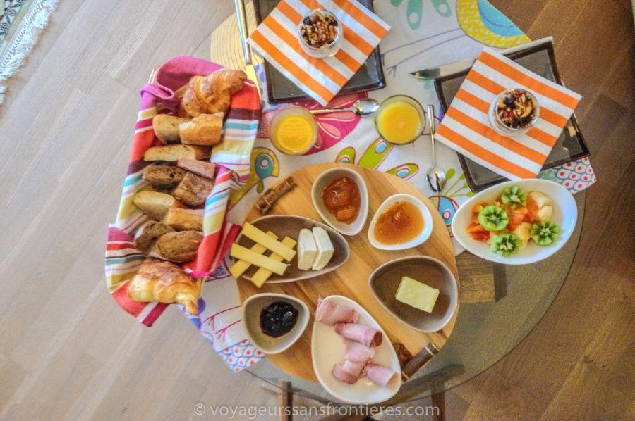 Délicieux petit-déjeuner de la Treehouse - Vallée de Joux, Suisse