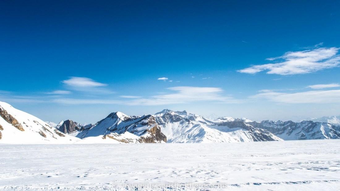 Beautiful snowy mountains - Glacier 3000, Switzerland