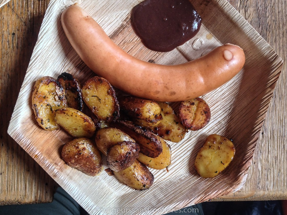 """""""Schüblig"""" sausage from Emmental with Saanen mustard and roasted potatoes at the Refuge de l'Espace - Glacier 3000, Switzerland"""