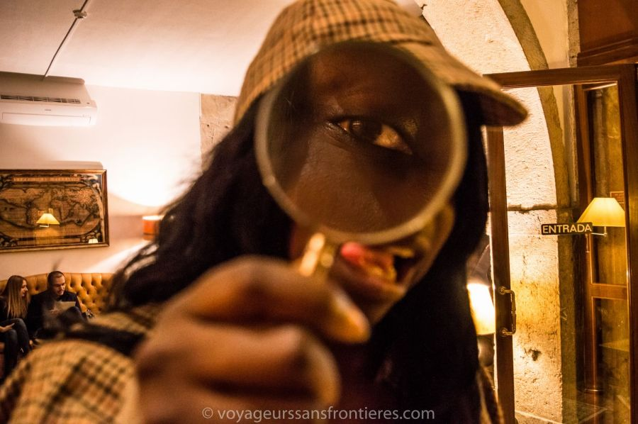 Nath in Sherlock Holmes mode at the Escape Hunt Experience - Lisbon, Portugal