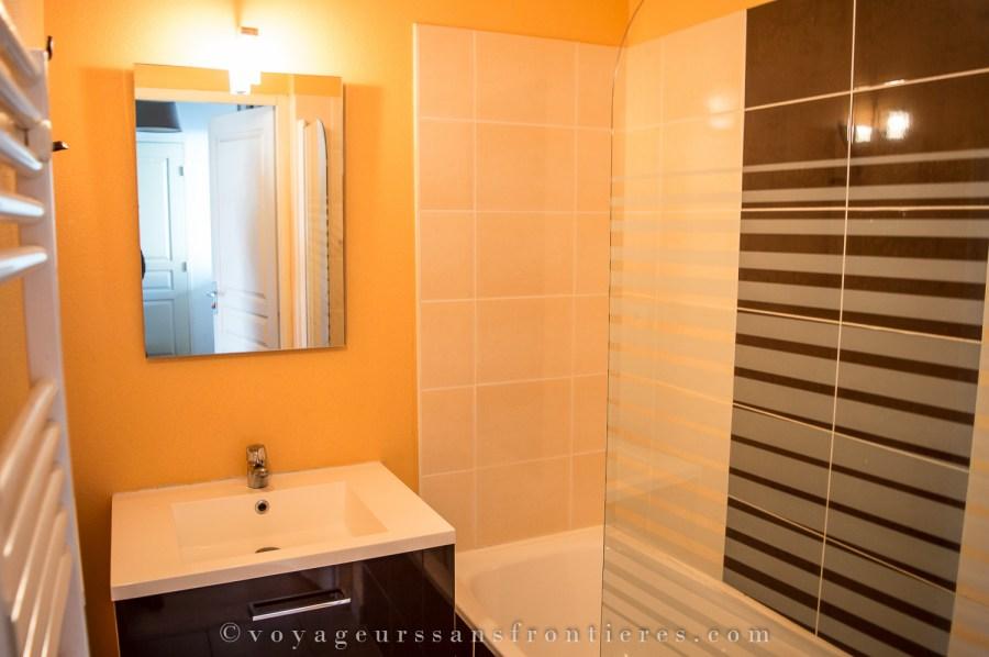 Bathroom of our apartment at the Domaine de la Vallée d'Ax - Ax-les-Thermes, France