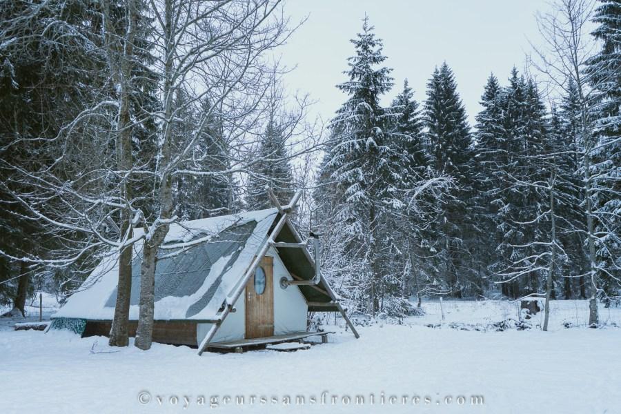 Tente de trappeur - Jura Bivouac - Creux-des-biches, Suisse