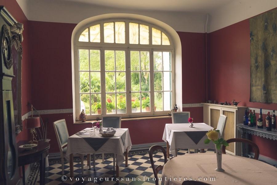 Salle de déjeuner au Château de la Prade - Bram, France