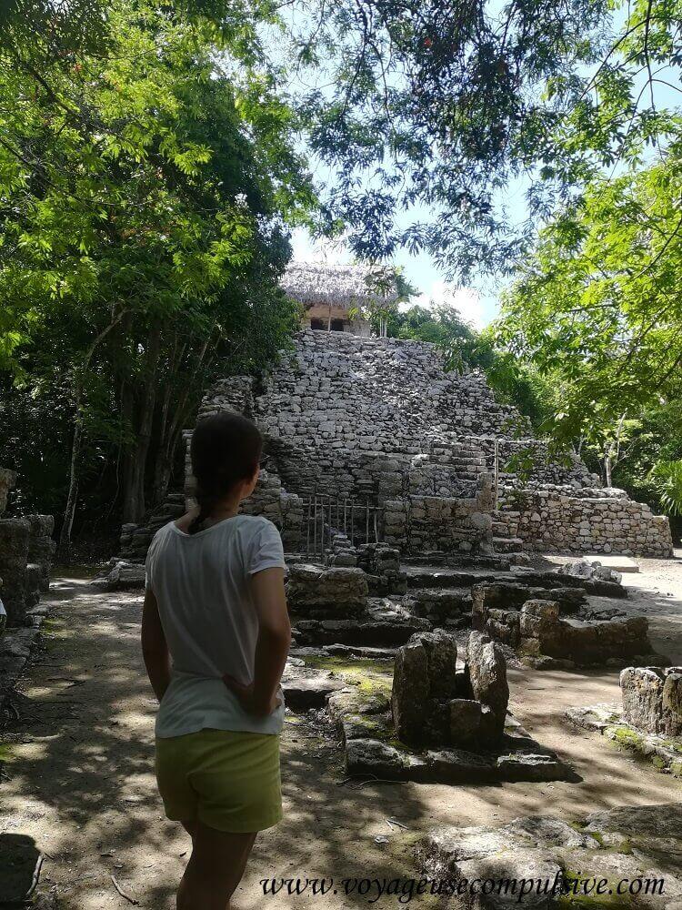 Une des nombreuses pyramides du site archéologique de Cobá.
